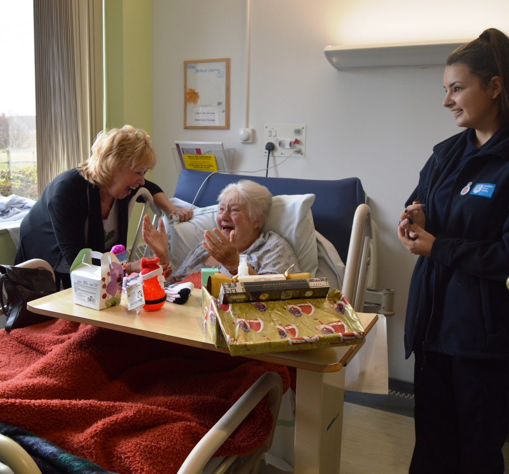 Patient Pat Lawson on seeing her Christmas tree