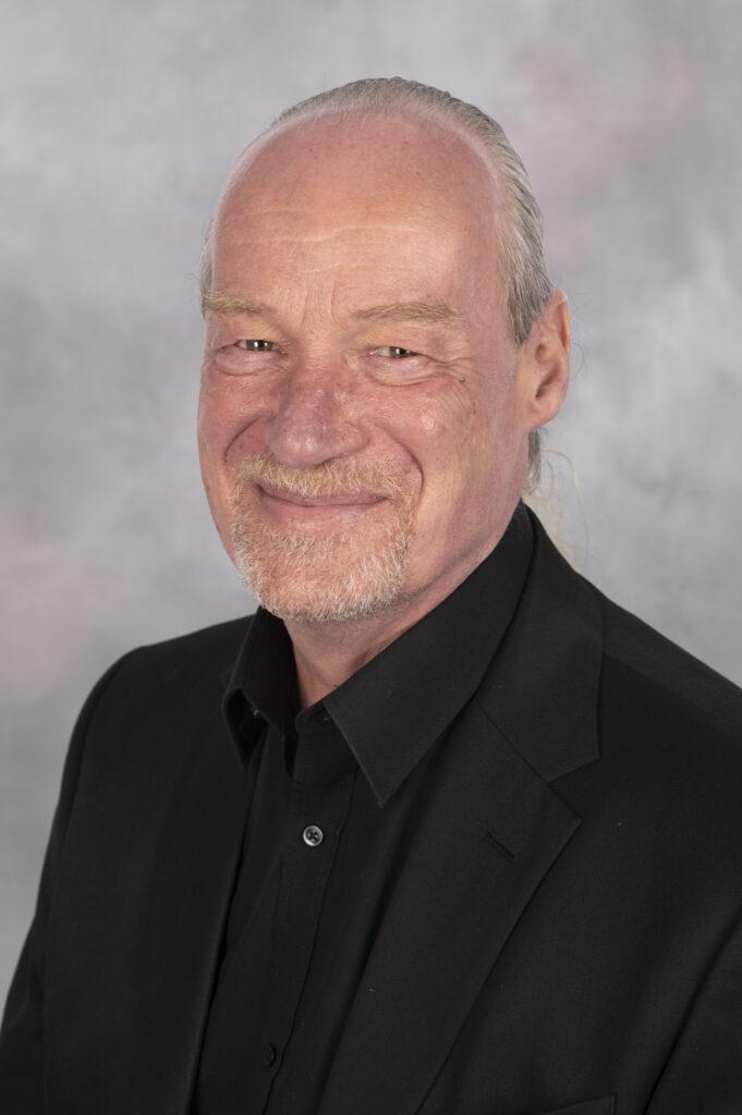Tony Warne